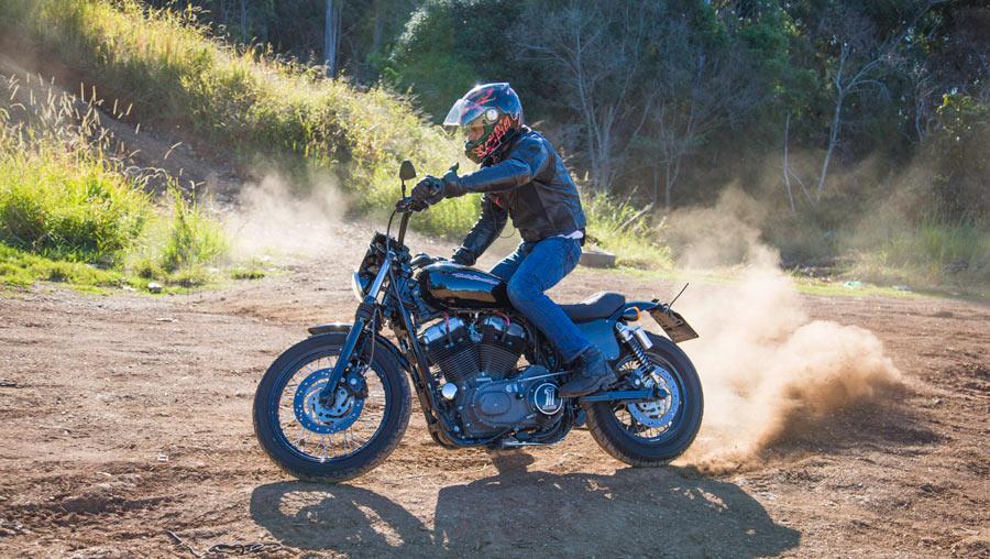 Harley dirt stunt